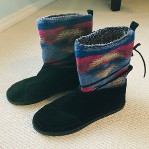 TOMS Moccasin Fleece-Lined Boots - Size 11